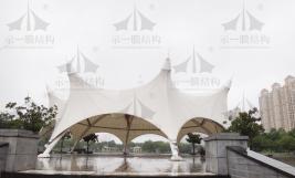 总结归纳膜结构遮阳雨棚的特色